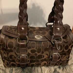 Old brown coach bag in great condition